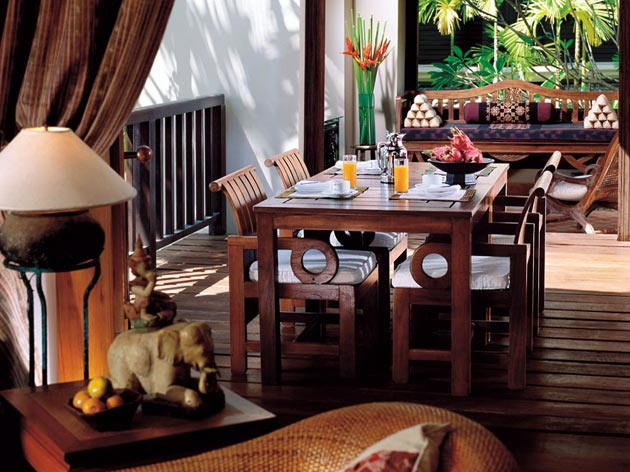 Chiang Mai condo for sale. Private outdoor dining salas imagery